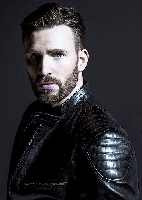 Esa barba bien recortada uffff lo máximo bello bello de lo más bello en el mundo ❤️