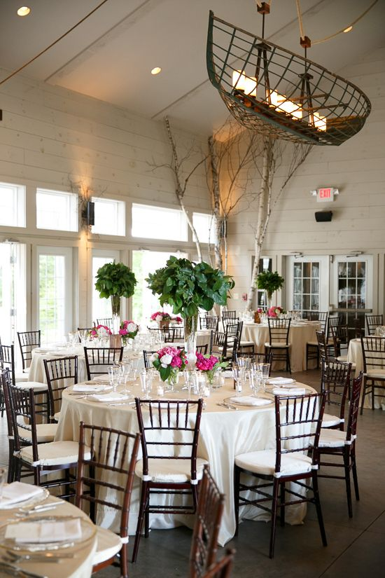 The Barn Event E Decorated By Flora Fauna For This Wedding Reception At Hidden Pond Resort
