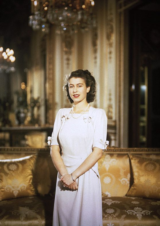 A Royal History: The Queen at 90