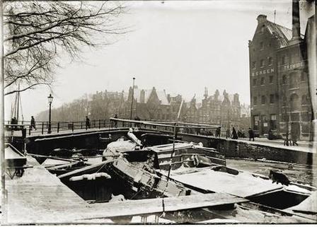 corner Brouwersgracht and Korte Prinsengracht. 1902-1908 Amsterdam
