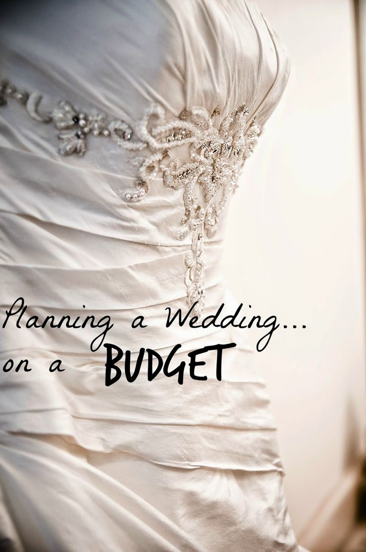 Planning a Wedding on a Budget{Part 1}...I just love the bodice of the dress!