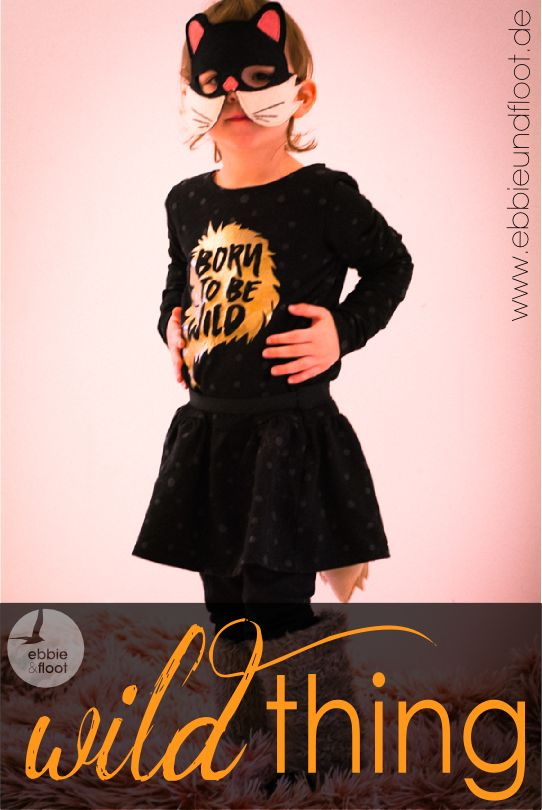 schaumzucker und unser Katzenkostüm by ebbie & floot #ebbieundfloot #schaumzucker #evlisneedle #katzenkostüm #halloween #fasching #karneval #catscostume #kidsclothing #handmade #sewing #blackdress #kidsdress #borntobewild