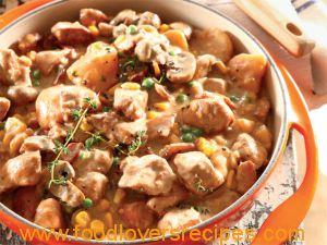 Romerige hoender-en-groentebredie