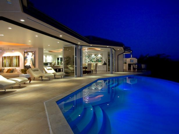 Bright Blue Pool: Exterior Spaces, Blue Pools, Swim Pools, Dreams House, Glasses Wall, Bright Blue, Backyard With Pools And Decks, Places, Backyard Pools