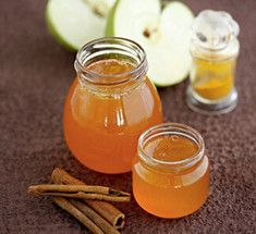 Яблочное желе с корицей и шафраном