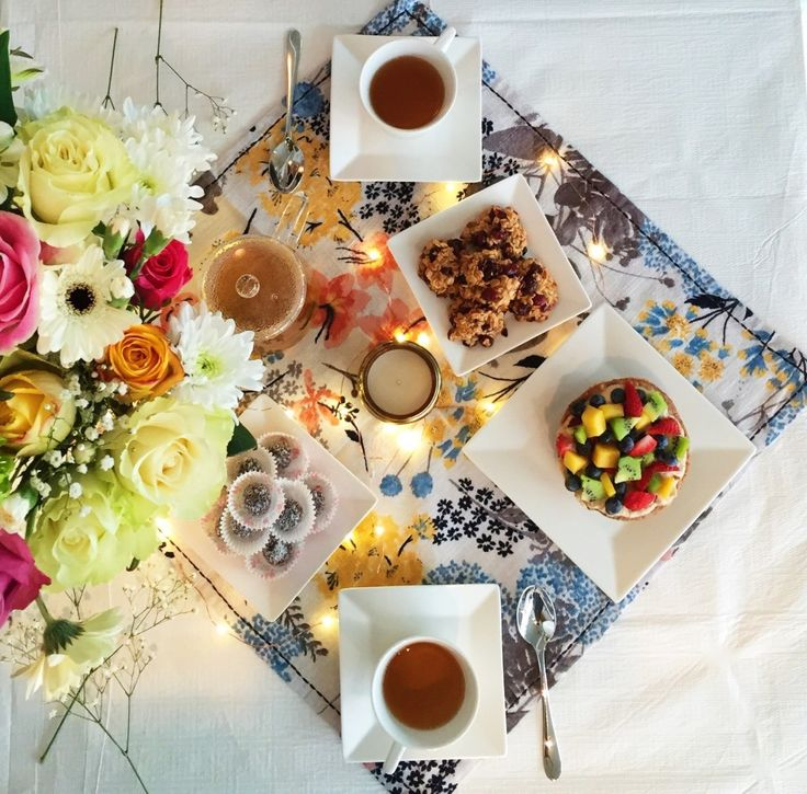 Fresh bright Flowers, MIYU tea, fresh baked vegan tarts and cookies, and (of course) anthropologie home decor make the perfect table spread and setting for our interview on How to Be Beautiful!