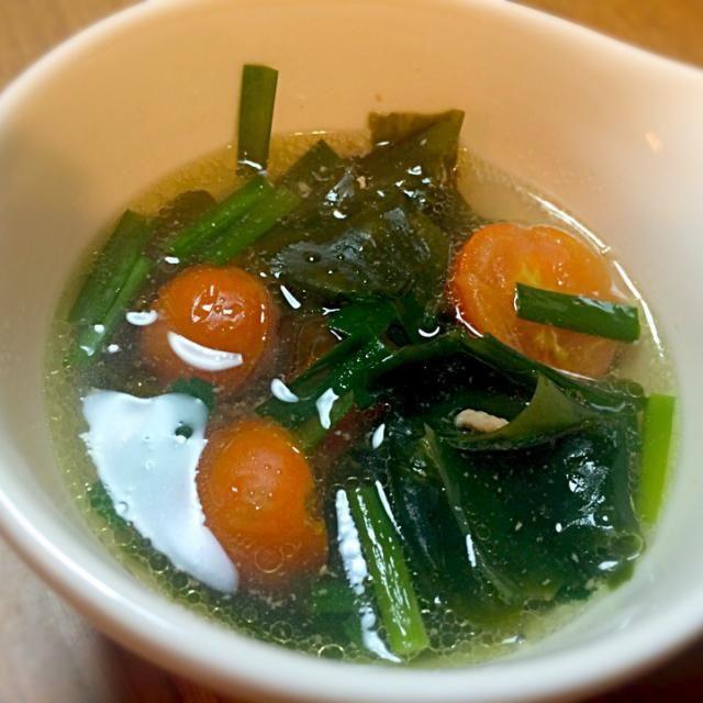 トマトの酸味、いいです。 - 5件のもぐもぐ - ミンチ、プチトマト、ワカメ、ニラの中華風スープ by riefujita4765