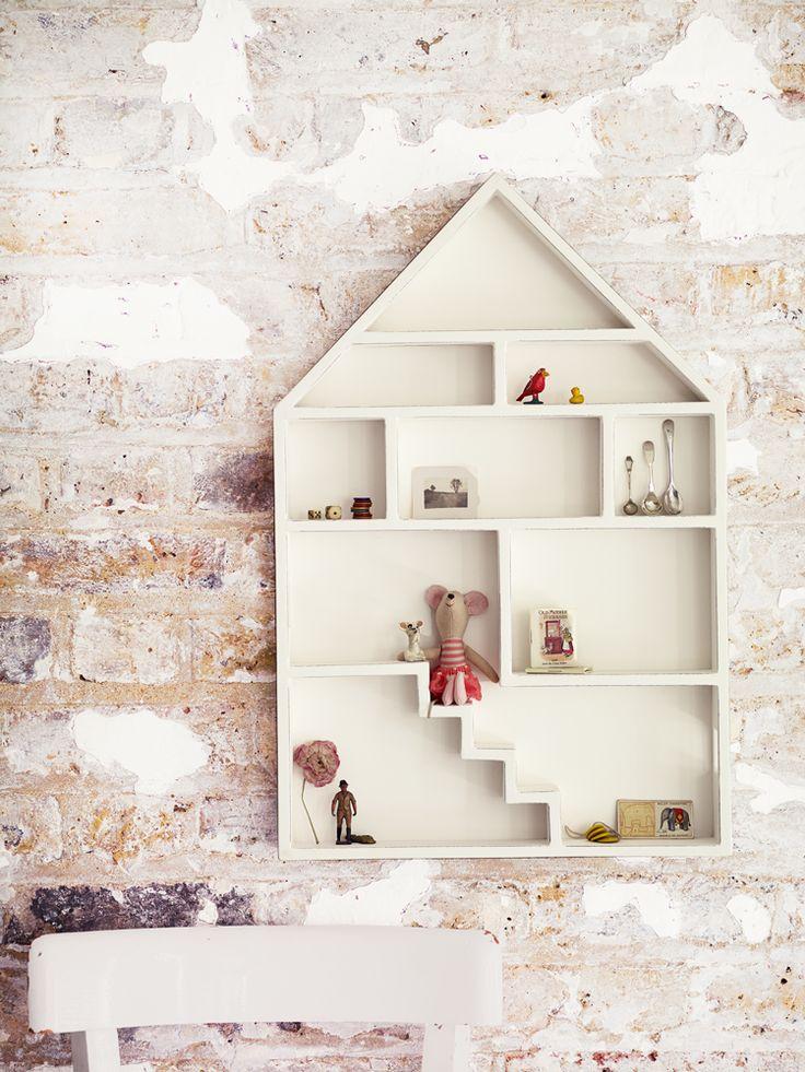Cute Dolls House Shelf