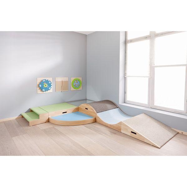 Treppe treppenpodeste podeste m bel raumgestaltung for Raumgestaltung waldorfkindergarten