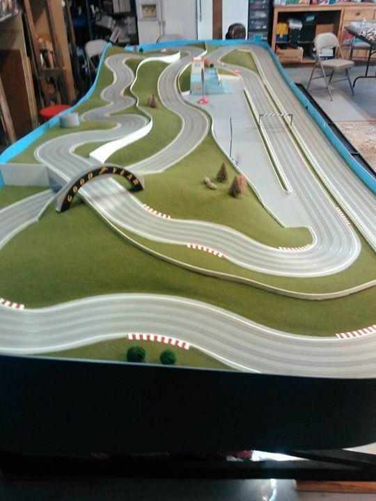 road course slots Tyco slot cars, Slot car race track