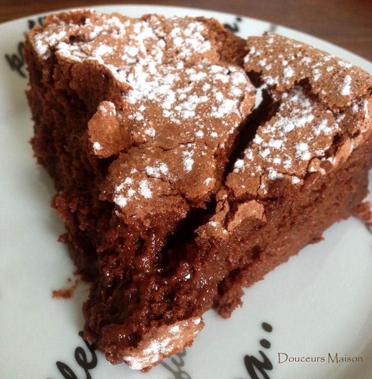 gâteau chocolat sans oeuf remplacer la crème par compote ou crème végétale