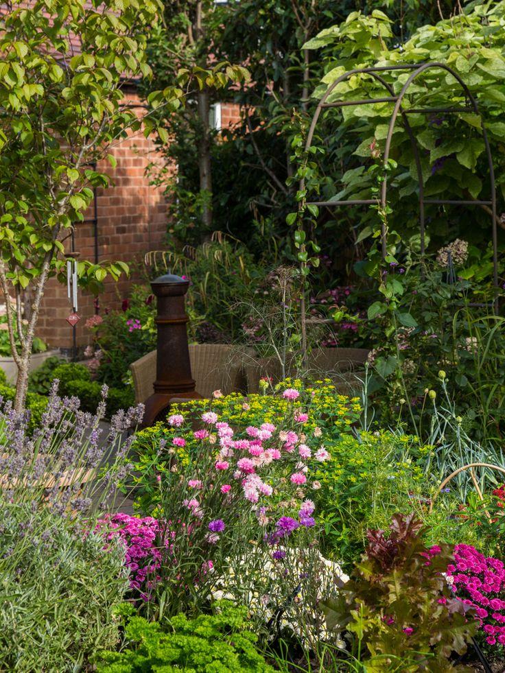 17 best images about perennials on pinterest gardens for Cottage garden design zone 5