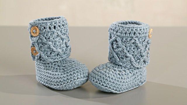Babyset zum Häkeln mit Diamantenmuster inklusive Mütze, Schal, Strampler und Schuhe - Materialsets im Makerist Materialshop
