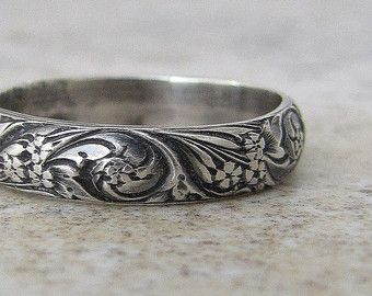 Floral Pattern Ring Silver Wedding Band Antique by SilverSmack