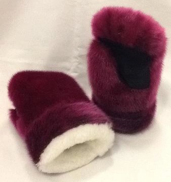 Inuit made women's pink sealskin mitts w/ sheepskin lining by Julie Gordon
