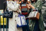 Με πρωτεργάτες τους οίκους Chanel και Balenciaga είδαμε μικρές και μεγάλες τσάντες να κρατιούνται μαζί και το αποτέλεσμα είναι αναμφισβήτητα ιδιαίτερο...