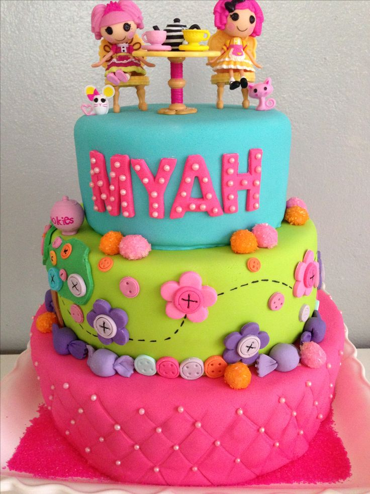 Gonna be Rylees cake! Real cute Lalaloopsy party cake
