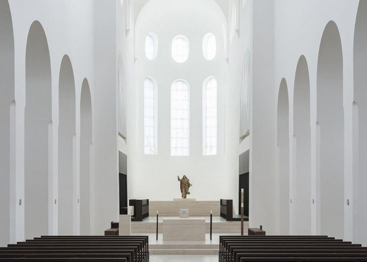 dezeen_St-Moritz-Church-by-John-Pawson