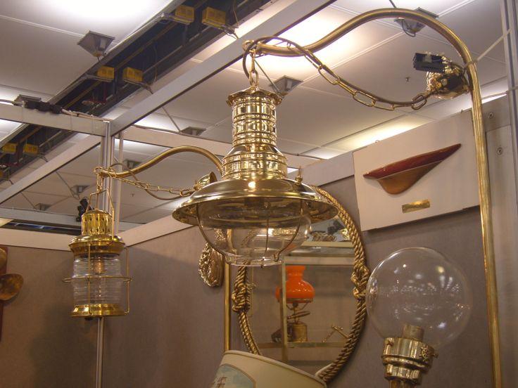 Un esempio di lampada per illuminare e decorare gli ambienti esterni di F.O.A.N. - Sori (Genova)