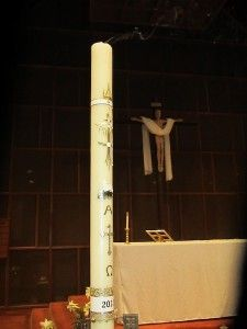 The Easter Vigil Mass that Required a Great Paschal Candle Transplant {phfr}
