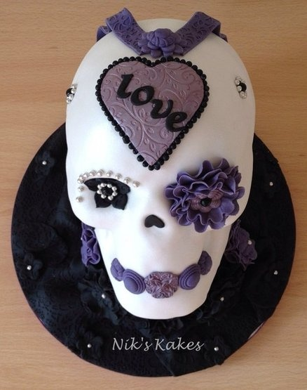 299 Best Images About Gothic Cakes On Pinterest Skull
