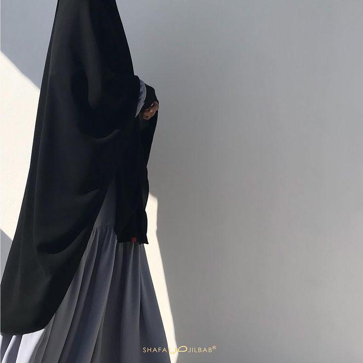 NEW ARRIVAL AAIMA khimar ShafaJilbab . Alhamdulillah akhirnya Shafa buat khimar pad antem yg enjoy-able banget. Pad antem tegak kecil yg… #hijabi #abaya #fashion #fashion #niqab #niqabi #dess