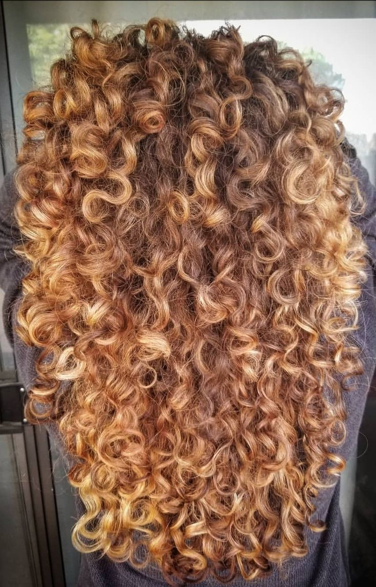 Inspiration Fur Deine Naturlocken Naturlocken Haarschnitt Frisur Curly Hair Styles Naturally Curly Hair Styles Naturally Curly