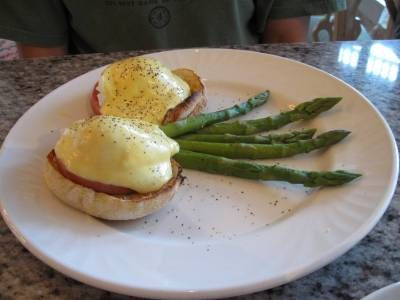 Grand Floridian Café: Lobster Eggs Benedict - Two Poached Eggs, Lobster hash, Asparagus, and ...