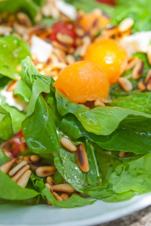 Салат с дыней / Insalata di melone | Элла Мартино Рецепты Кулинарные туры Итальянская кухня