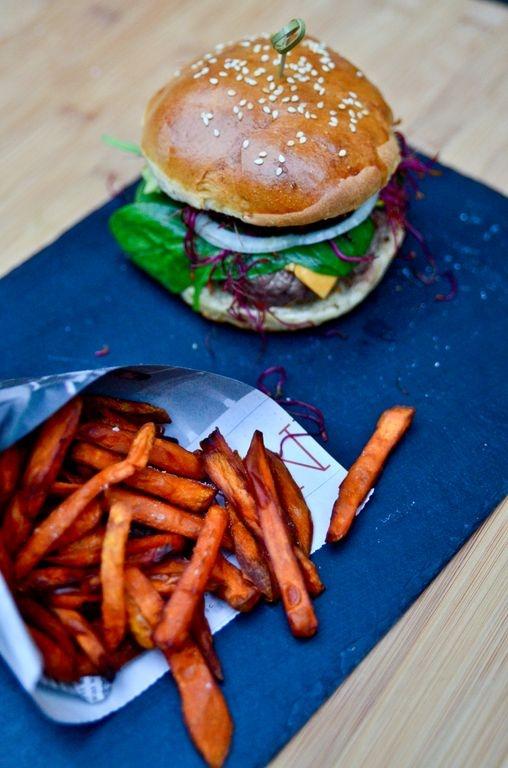 Burger & Sweet fries