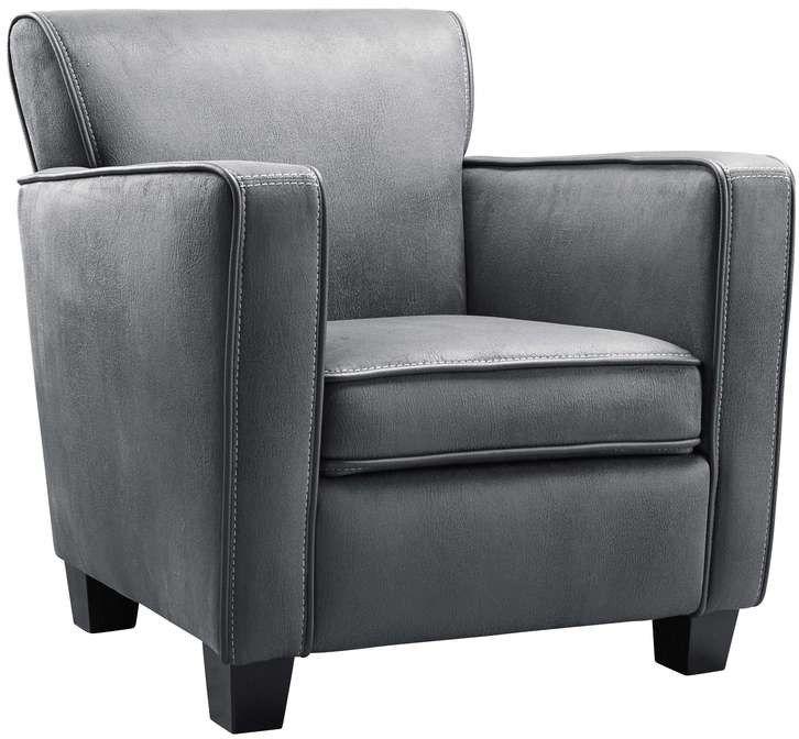 Royale fauteuil met een heerlijk zitcomfort. Verkrijgbaar in stof of leder, in diverse kleuren. Optioneel met extra veerkrachtig HR-schuim in de zitting. Laagste prijsgarantie Brittan fauteuil bij de grootste woonboulevard van Oost-Nederland