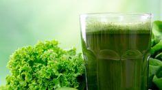 Professorens grønne energigrød er en lækker opskrift af Oluf Borbye Pedersen, se flere drikkevarer på mad.tv2.dk