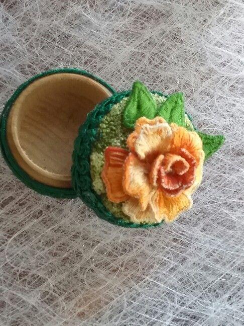 Stumpwork rose on miniature trinket container