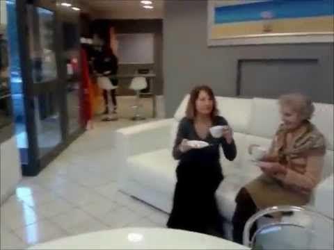 Imperdibile video: #Happy si balla anche in un negozio di arredo #happynegozi http://www.youtube.com/watch?v=XZZtf-uwSq4