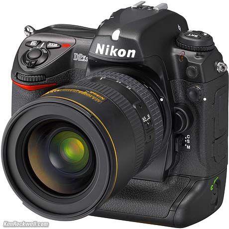 Nikon D2X...My baby at Work :)