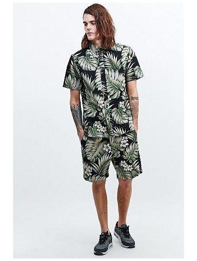 Penfield Grafton Palm Shorts in Black