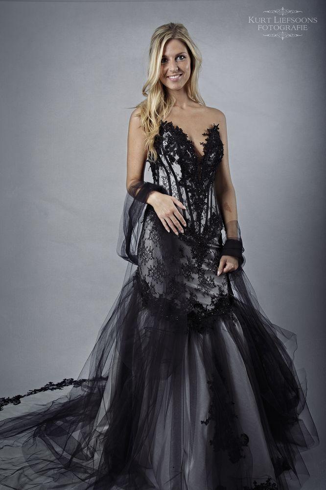 E&R Wedding and Fashion - Collecties - Bruid - Faragé De Paris