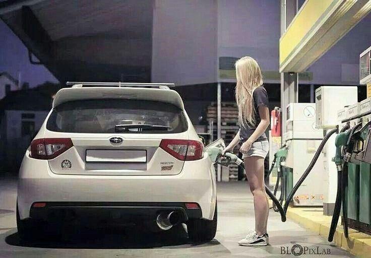 subaru impreza hatch fuel economy