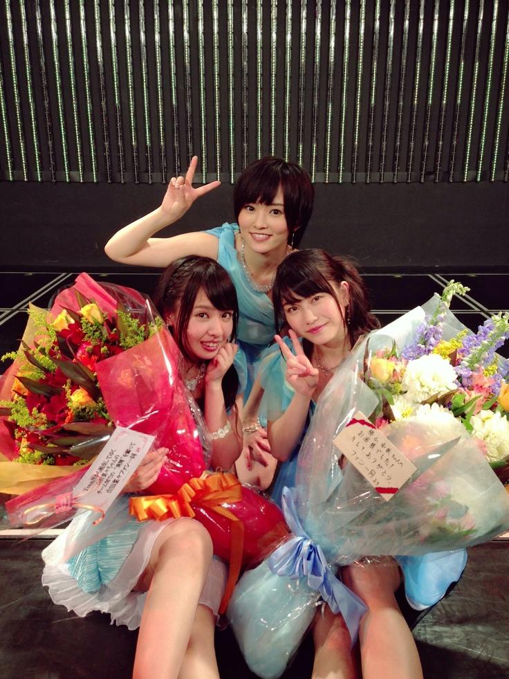 Yui Yokoyama x Sayaka Yamamoto x Nana Yamada @ 2013-05-20 https://plus.google.com/u/0/101423472932208115437/posts/3RbQn2r2SRa
