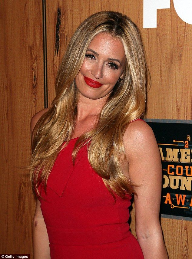 Cat Deeley flaunts her toned body attending 2016 American Country Countdown Awards | Daily Mail Online