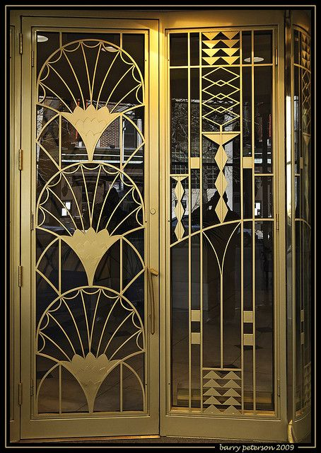 Art Deco de latón del umbral de arquitectura (Puertas de Chicago, Illinois)