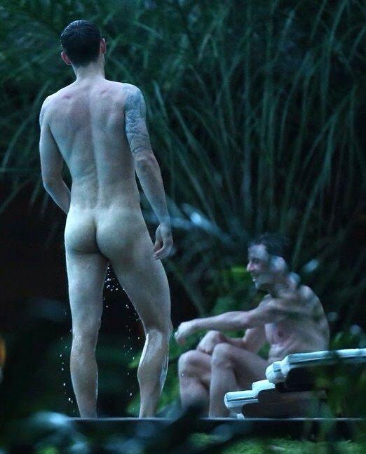 Dejan Lovren's..naked ass