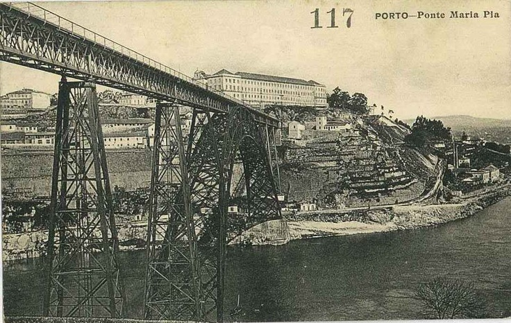 Maria Pia bridge _ made by Gustave Eiffel as a train passage. First fast connection between Porto and Lisbon, by train.