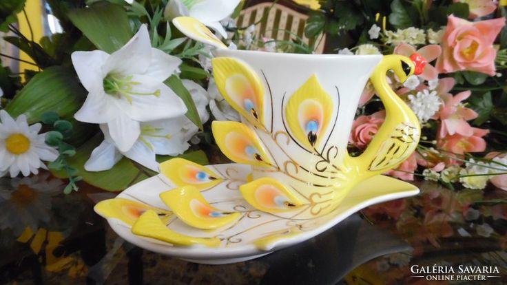 Peacock, Pávakakas egyedi  kialakítású kínai porcelán teás