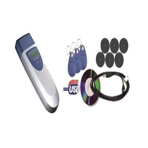 USB 2.0 ile yüksek veri aktarım hızı Sağlam, Güçlü, Ergonomik Tasarım LCD ekran ile Tarih ve Pil seviyesi kontrolü Kolay Kurulum ve Kullanım Sürekli Servis ve Yedek Parça Desteği Sesli ve ışıklı uyarılar  Set İçeriği Bekçi Kalemi 6 Adet Kontrol Noktası 3 Ader Bekçi Tomu Usb Kablosu Şarj Adaptörü Dubel-Vida Program Kurulum CDsi Koruma Klıfı