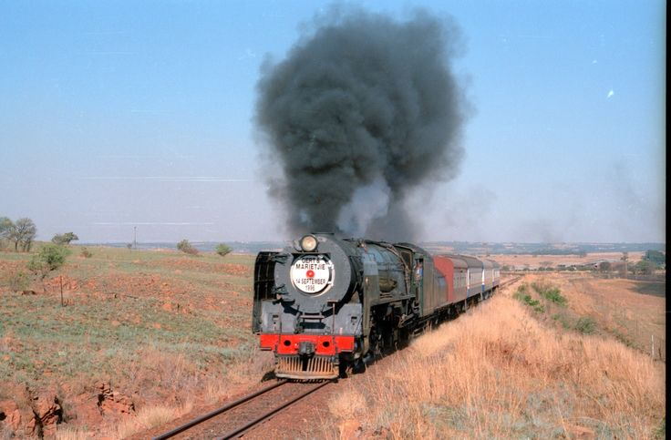 South African Steam: 25NC 3407 to Cullinan - Slippin' and Slidin'