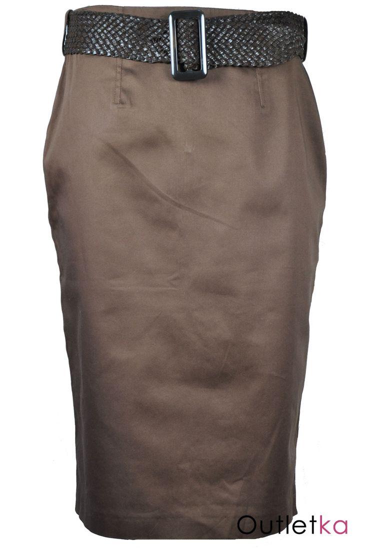 Nowa spódnica firmy z South w odcieniu brązowym. Do spódnicy dołączony gruby brązowy pasek, który się z nią świetnie komponuje. Zwężana do dołu - styl ołówkowy. Z tyłu zasuwana na kryty zamek. Spódnica na podszewce. Wysoka jakość wykonania. Z kompletem firmowych metek.