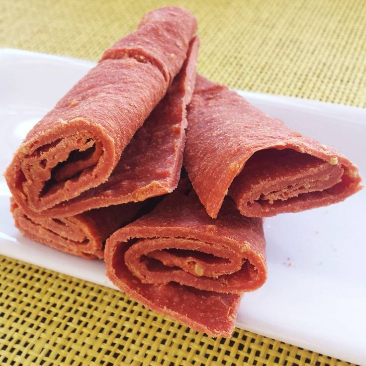 guava fruit leather / roll