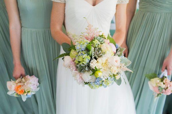 Elkridge Country Club Wedding || JFannon Photography || Charm City Wed || www.charmcitywed.com