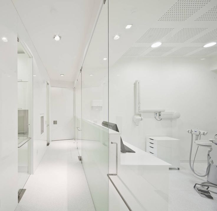 Gallery of Dental Clinic in Lisbon / Pedra Silva Architects - 15